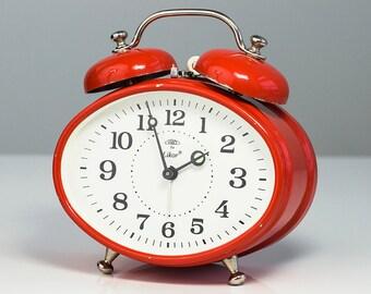 Old Alarm Clock. Mechanical alarm clock. Desk clock. Vintage Alarm Clock. Made in Czechoslovakia. Vintage home decor. Prim alarm clock.