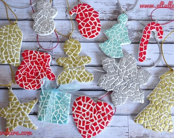 Ornaments from clay for the tree of Christmas