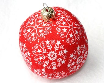Christmas red white snow crystals 6 cm unbreakable sewn fabric ball Christmas tree ball Eisbaerchenmama ball