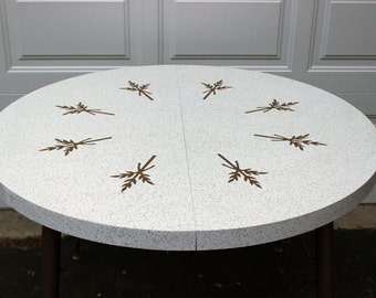 Vintage Formica 50's 60's Retro Mid-Century White Gold Leaf Leaves Speckled Round Circle Kitchen Diner Table