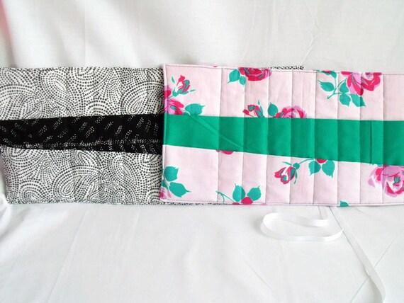 quilted hook case, crochet hook holder, crochet tool roll, crochet hook roll, cotton fabric