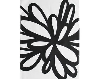 Graphic Tea Towel with black an white pattern