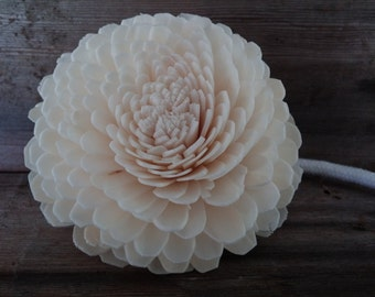 All-Natural Sola Wood Flower