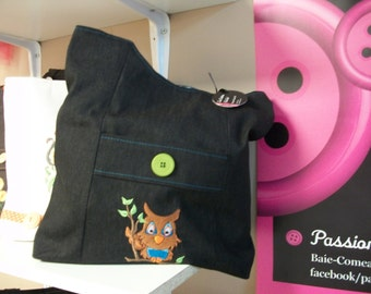 Tote bag with embroidery OWL.