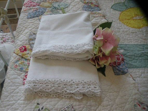 Paris Shabby Chic Pillowcase Set