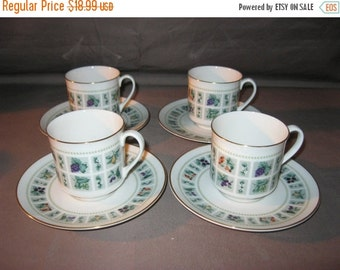 Royal Doulton China Cups & Saucers Tapestry Pattern 1966 8 Pcs