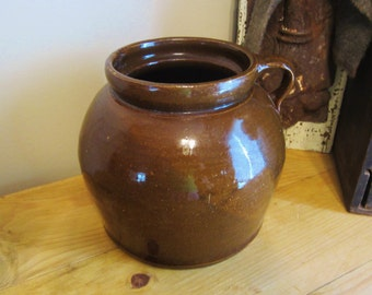 Vintage Stoneware Brown Bean Pot