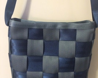 Seatbelt purse, seatbelt messenger bag, vintage nlue seat belt webbing
