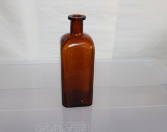 Schlotterbeck & Foss Co. One Fluid Pint, Portland Maine, Applied Lip to The Neck, 1800s, Square Bottle, Orange Amber Glass, Collectors Look