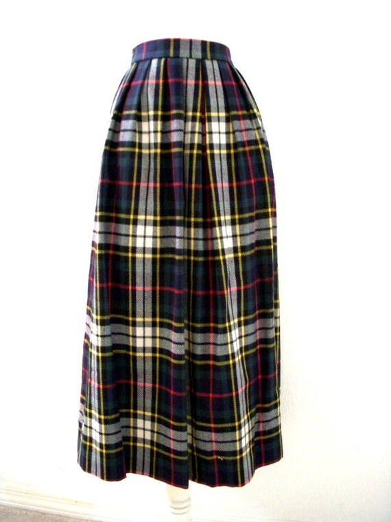80s 90s vintage plaid skirt navy blue and green plaid