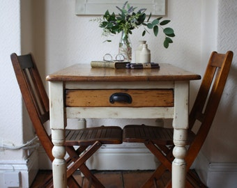 Lovely Rustic Vintage Farmhouse Kitchen Pine Table with Single Drawer