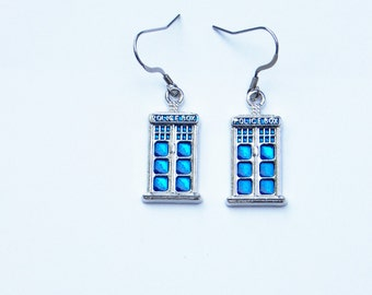 Dr Who Earrings, Tardis Earrings, Dr Who Jewelry, Tardis Jewelry, Tardis Charm, Police Box, Dr Who, Tardis, Geek Earrings, Whovian, Police