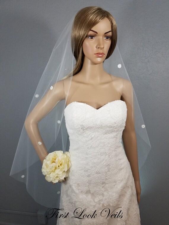 Lace Wedding Veil, Ivory Bridal Veil, Fingertip Veil, Floral Viel, Crystals, Bling, Wedding Vail, Bridal Accessory, Bridal Attire, Bride