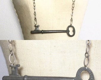 Skeleton Key Necklace - Vintage Key Necklace
