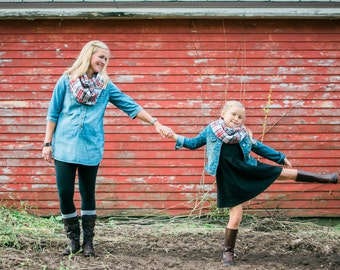 Mother Daughter Scarves-Mommy and Me Scarves- Mother and Daughter Scarf Set- Mommy and Me- Holiday Photos-  Matching Gifts- Plaid Scarves