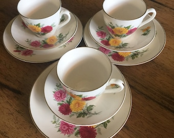 Staffordshire Made in England Chrysanthemum made by Ridgway