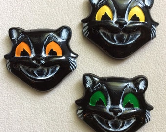 PRE-ORDER: Stray Cat Strut - Black Bakelite (Fakelite) Style Classic Halloween Cat Brooch. You Choose Eye Color