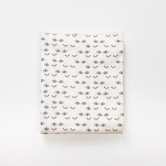 Organic Crib Sheet >> Hello Ollie Meadow Dreams in Pure >> MADE-to-ORDER eye baby bedding, toddler sheet, bassinet sheet, eyelash mini crib