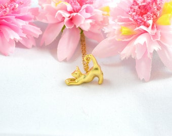 Gold cat necklace, Kitty necklace, Cat necklace, Gold animal necklace, Gold kitty necklace, Kitten necklace, Cat necklace gold