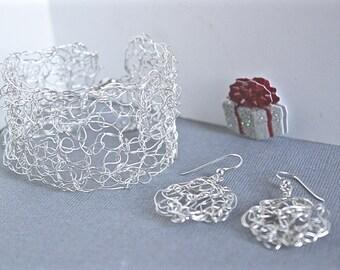 Silver crochet bracelet- crochet earrings- Christmas gift for her- Bohemian earrings- Modern bracelet- Modern earrings- Handmade