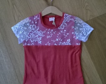 shirt with lace insert, 2-3 years