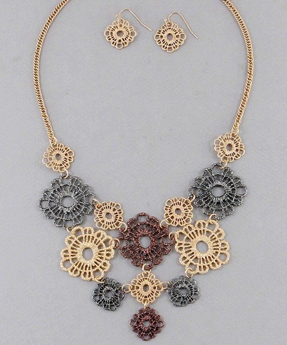 Crochet Medallions Bib Necklace with Earrings