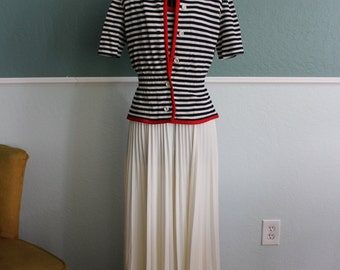 1970's Leslie Fay Nautical Stripe Red White Navy Blue Pleated Maxi Dress S-M