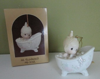 He Cleansed My Soul-1987, Precious Moments Christmas ornament, Girl in tub,Enesco collectibles,Religious statue,porcelain figurine,#112380
