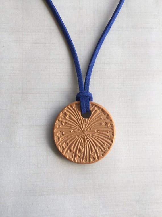 Terracotta Neck Pendant Diffuser ~ Fireworks terracotta diffuser necklace essential by