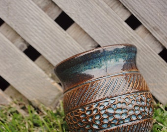 Hand-thrown Ceramic Detail Cup