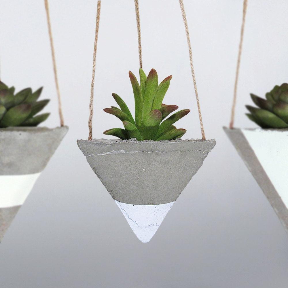 Air planter concrete planter succulent planter air plant for Air plant planters