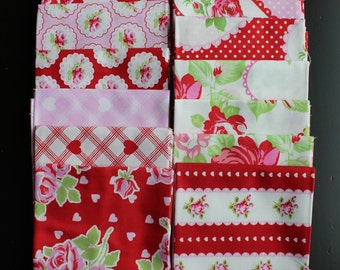 Valentine Rose 15 Piece Fat Quarter Gift Set