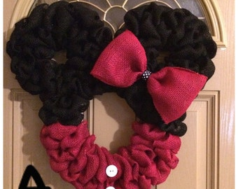 Minnie Mouse burlap wreath