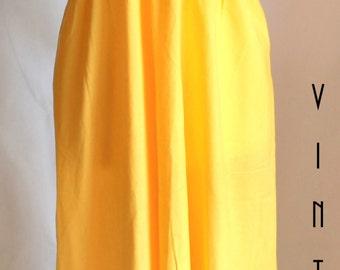 "Plus Size Vintage 1970s Yellow Maxi Dress Folk Embroidery Spinney UK 22 EU 50 US 18 Bust 48"" 122cm"