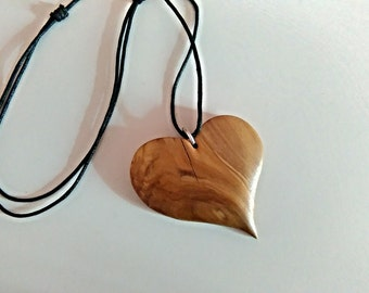 Heart Necklace, Heart Pendant, Heart Jewelry, Wooden Heart Pendant, Wooden Jewelry.