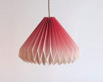HANGING ORIGAMI LAMP