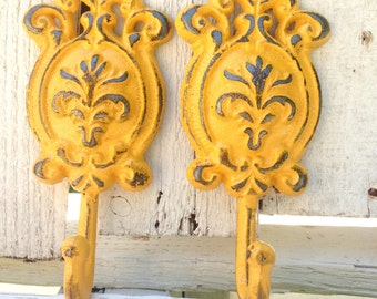 Yellow Vintage Wall Hooks - Shabby Chic Decor - Towel Hooks - Entryway Wall Decor - Key Holder For Wall - French Country Cottage - Key Hook