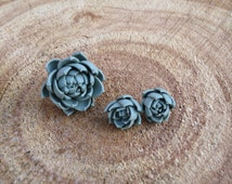 Succulent jewelry set Sage green jewelry Gray ring Gray earring Polymer clay stud earring Green flower Succulent ring Succulent earring