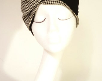 Black and white band turban in wool