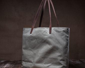 Waxed totebag - waxed canvas bag - shoulder bag - everyday bag - simple bag - waterproof leather