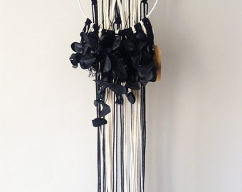 DIRTY BLACK SUMMER - Ornamental Crown in macrame
