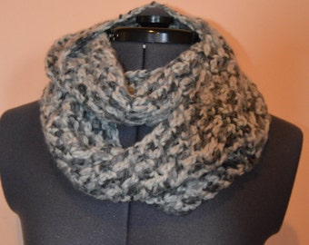 Chunky Multi-toned Grey Crochet Childs Infinity Scarf