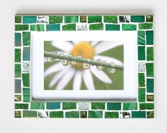 4x6 frame- Mosaic photo frame- Green frame - Photo frame 4x6- Picture frame 4x6- Green photo frame- Green frames- Mosaic art- Gift for women