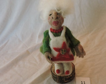 Grama Felted Figure, Decorative Needle Felted Figure, Home Décor, Collectable Felted Figures