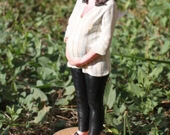 Custom 3D maternity figures