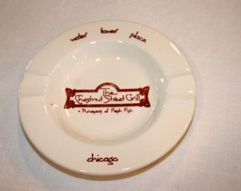 The Chestnut Street Grill Ashtray//Water Tower Plaza//Chicago, IL//Vintage Chicago Ashtray