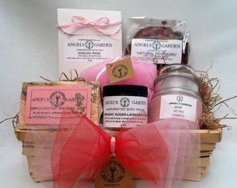 Spa Gift Basket Rose Petals.Birthday gift for her.Womens Spa kit.Natural Organic Bath set.Spa Gift for her OrganicSoap,bath salt,body scrub.