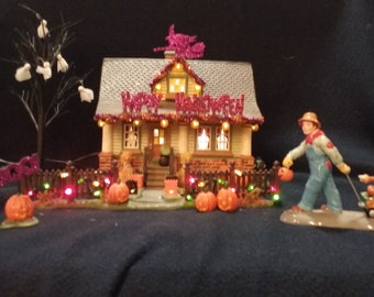 Department 56 1031 Trick-Or-Treat Drive