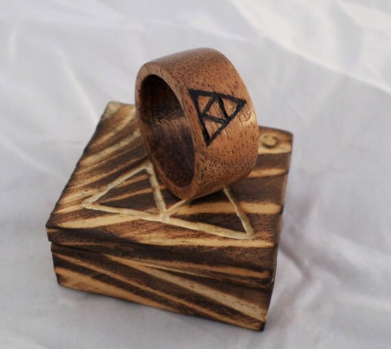 Wooden Triforce Ring