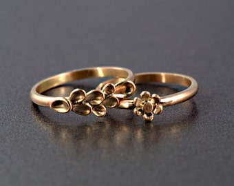 A Set of Flower Rings in 9 ct /18 ct Rose Gold, Stacking Ring, Handmade, Made to order